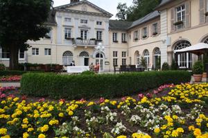 kurgarten-und-kurfuerstliches-schloesschen-bad-bertrich-copyright-rolf-goergen